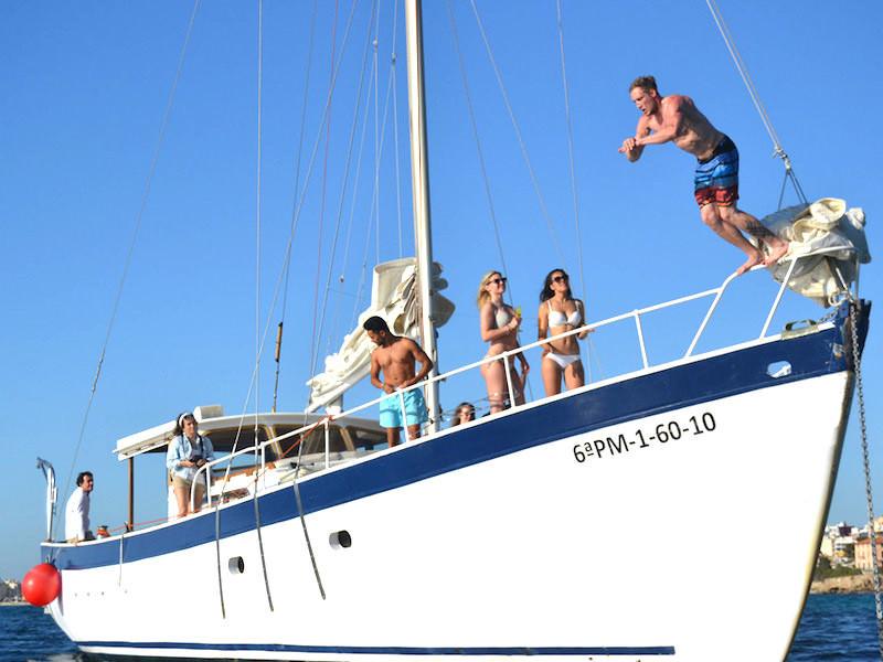 16m Segelyacht Palma Badespass