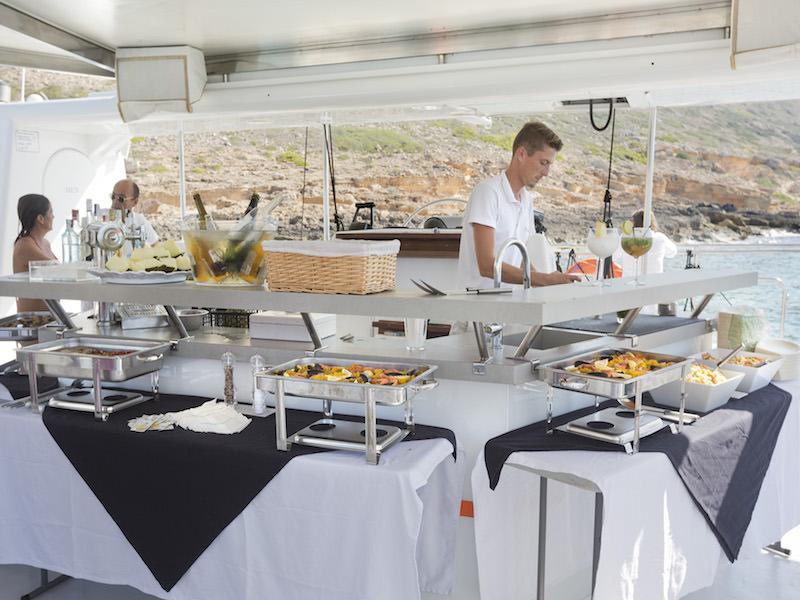 Mega Catamaran Palma Catering